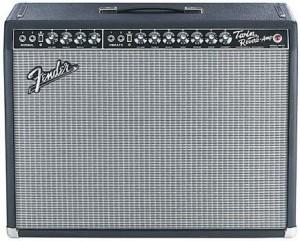 Гитарный комбо Fender TWIN для фотосессии