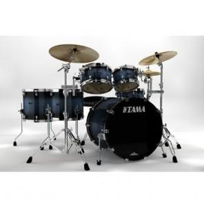 Барабанная установка tama starclassic для фотосесии