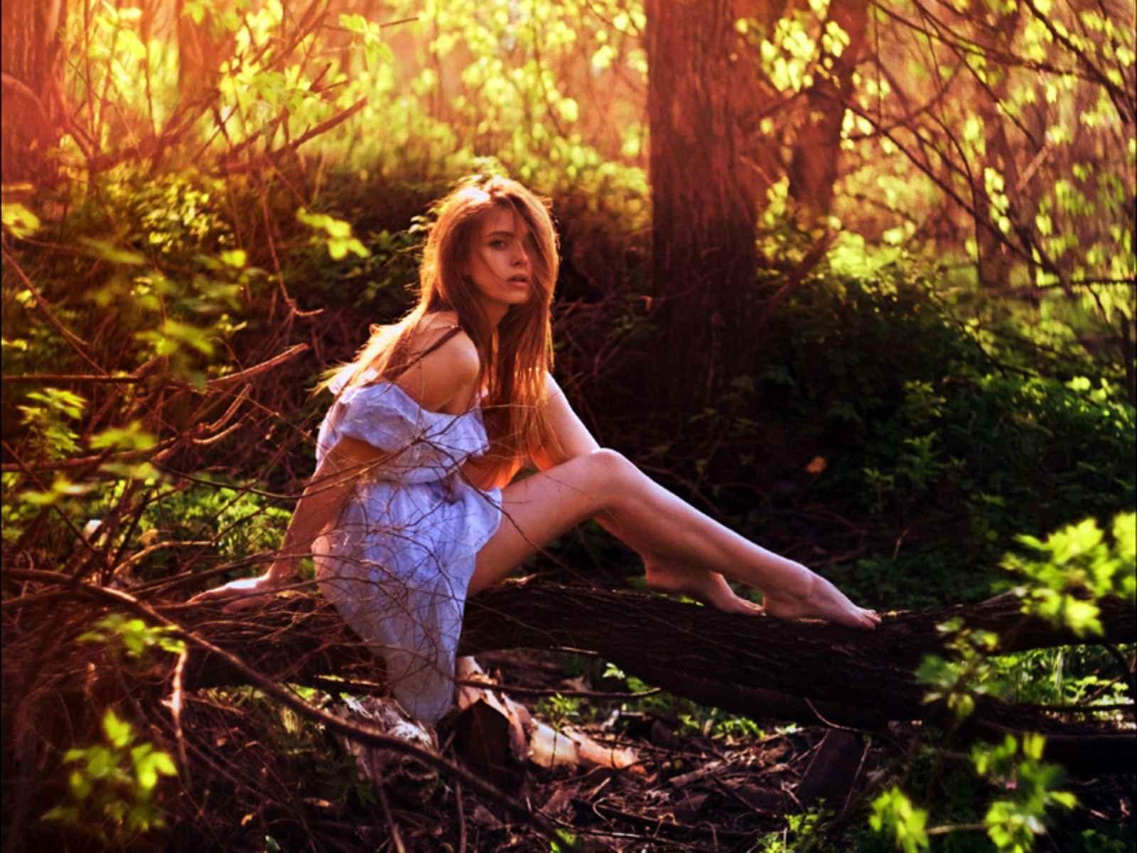 Русское порно с девочкой в лесу 26 фотография