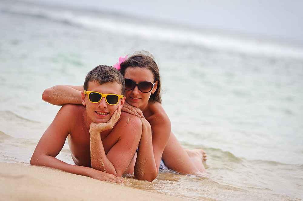 Идеи для фото на море для пары