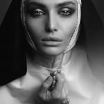 Фотосессия в стиле монашки, фотосъемка nuns